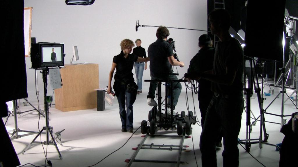 Wikipedia_video_tutorials_-_making-of_screenshot-1024x576
